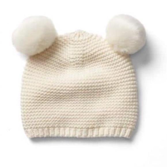 62d78c1df72 👶🏻NWT Baby Gap knitted pom ears beanie 0-6 mo